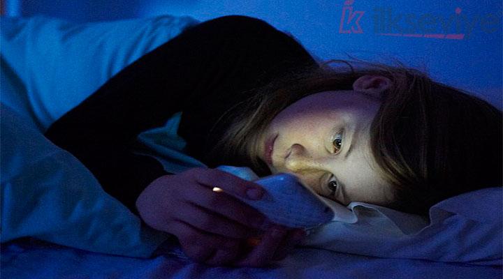 Cep Telefonu İle Uyumak